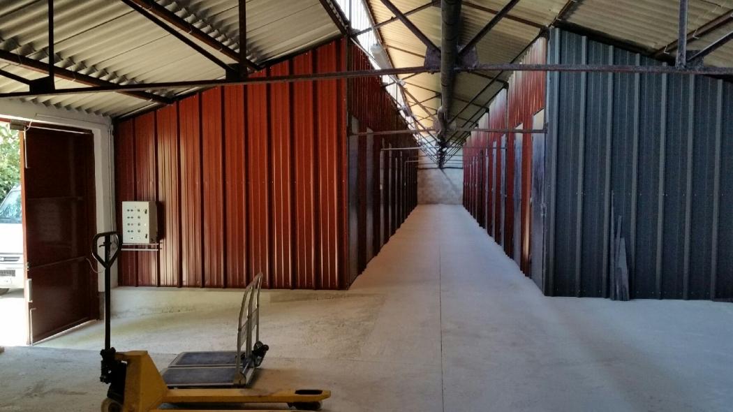 Garage box stockage garde meuble louer peyrolles en for Garde meuble aix en provence