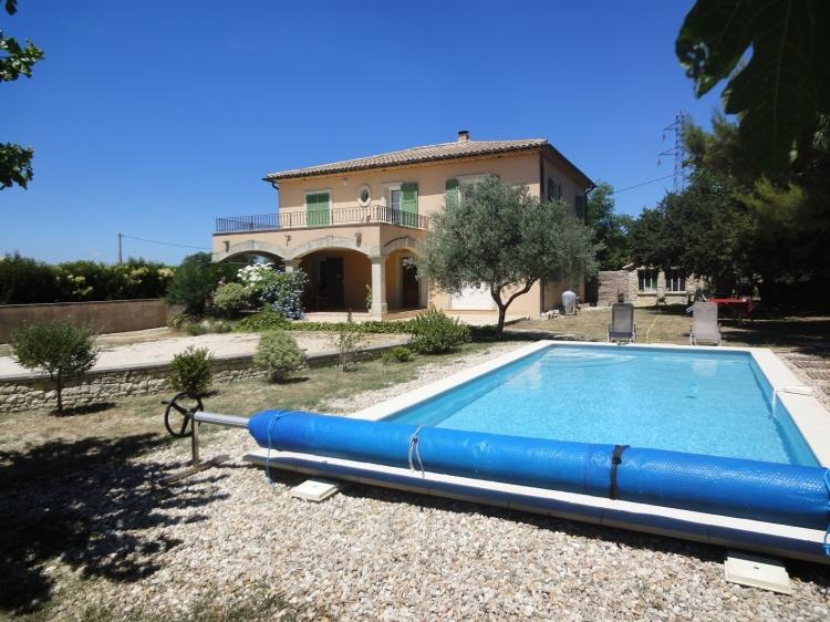30 villa lou uzes n 12837 immo diffusion 30 for Construction piscine uzes