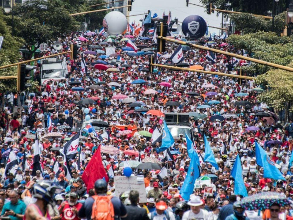 Costa Rica: 2e semaine de grève du secteur public contre une réforme fiscale