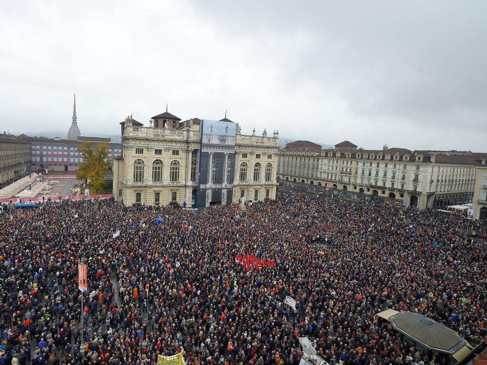 Manifestation à Turin pour la liaison ferroviaire avec Lyon