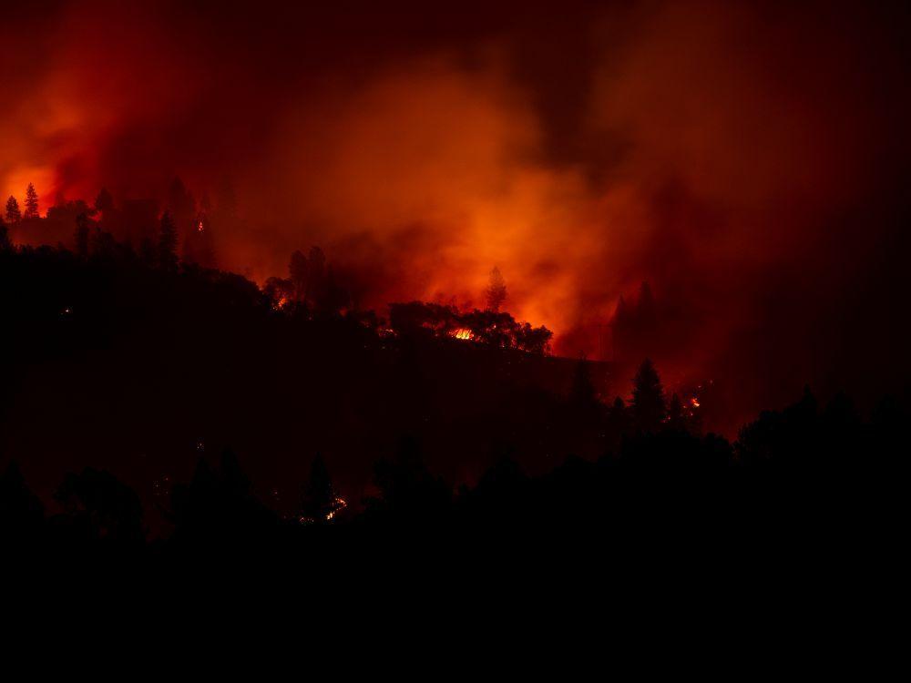 Incendies en Californie: Le bilan s'alourdit à 23 morts