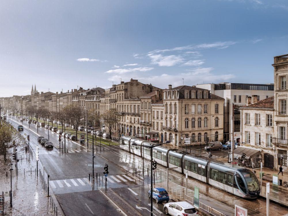 """Combien de mètres carrés un """"Français moyen"""" peut-il acheter?"""