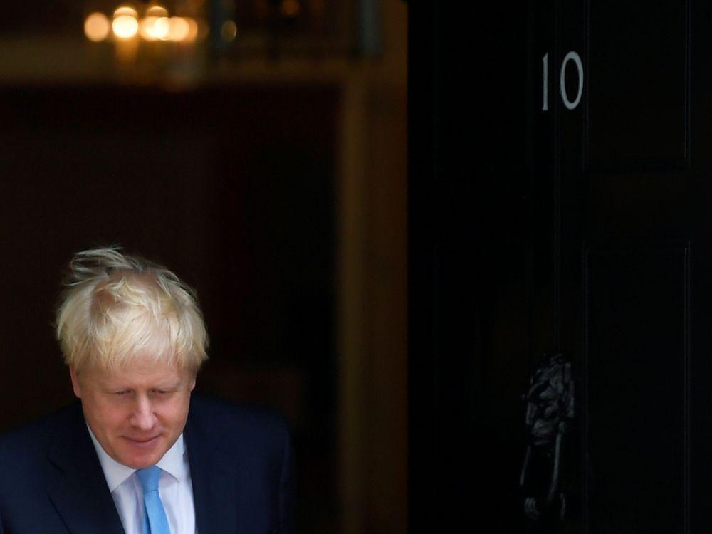 Brexit: Johnson travaille à un plan de sauvegarde des entreprises, selon le Times