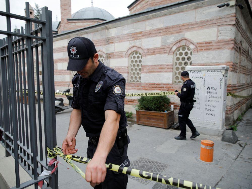 """Un soutien-clé des """"Casques blancs"""" syriens retrouvé mort à Istanbul"""
